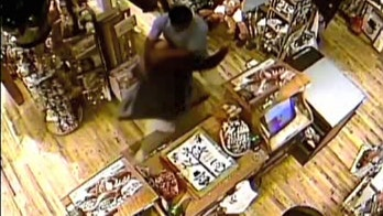 Cracker Barrel customer brawls with employee in gift shop, causes hundreds in damage