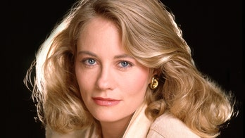 Cybill Shepherd claims Les Moonves canceled her show after she rejected a sexual advance