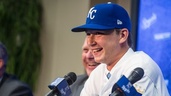 Kansas City Royals pitching prospect Brady Singer pays off parents' debt for Christmas