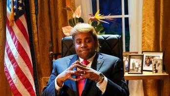 'SNL' sketch asks what would happen if Donald Trump was black