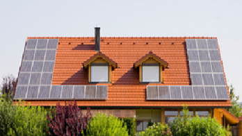 California mandates solar panels for homes built in 2020 and later
