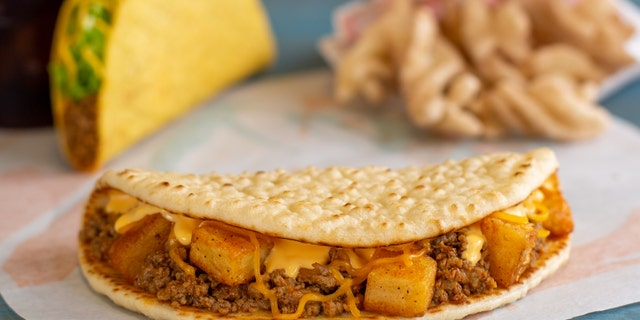 For just $1, Taco Bell customers in Cincinnati can try a new flatbread stuffed with beef, cheese and potatoes.