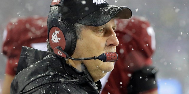 Washington State will be looking to snap a two-game bowl losing streak.