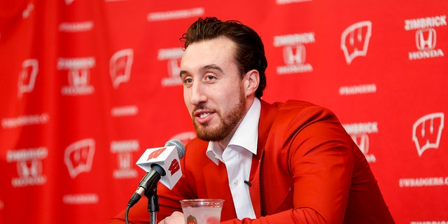 Charlotte Hornets' Frank Kaminsky ended up helping to evacuate his building on Thursday after a bomb threat.