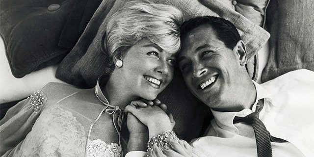 """Doris Day and Rock Hudson in """"Pillow Talk."""" (Getty Images)"""
