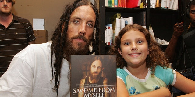 Brian Welch and his daughter Jennea in 2007.