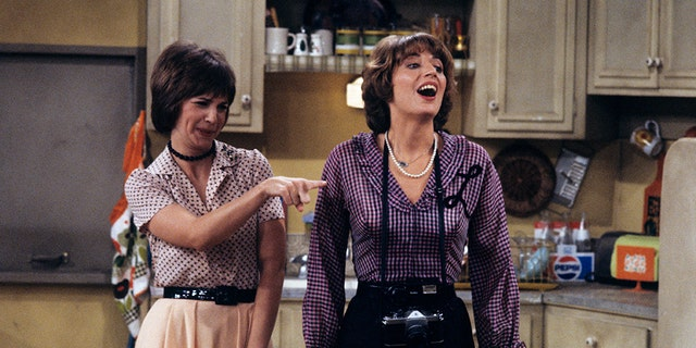 """Penny Marshall, pictured here with """"Laverne and Shirley"""" co-star Cindy Williams in 1979, died """"peacefully at her Hollywood Hills home"""" from complications due to diabetes on Monday, her rep told the New York Daily News."""
