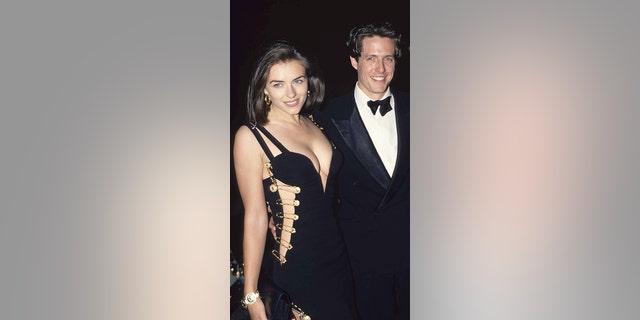 Elizabeth Hurley and Hugh Grant.