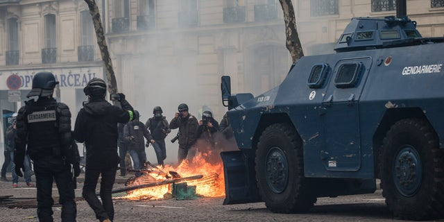 """Aurelien Morissard / Fox News ; Clashes between police and demonstrators, during demonstration of the """"Yellow vests"""", in Paris, France, on December 8th 2018."""