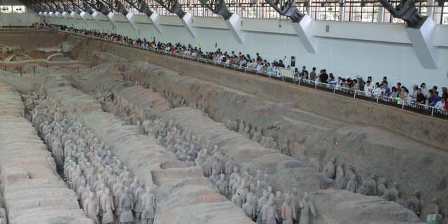 Terracotta Warriors protecting the Qin Mausoleum's east front. (Giulio Magli)