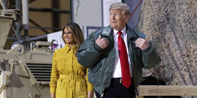 US. President Donald Trump makes comments to US troops on an unannounced visit to Al Asad Air Base in Iraq on December 26, 2018. REUTERS / Jonathan Ernst - RC1DDA2CDD00