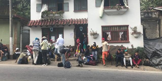 Colombians offer a reprieve to Venezuelans desperately fleeing