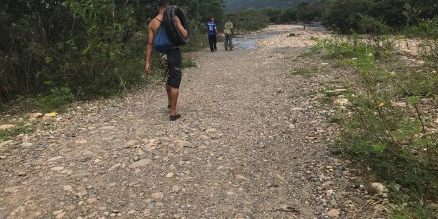 Illicit crossing from Venezuela into Colombia
