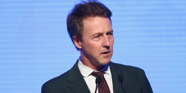 "Edward Norton went after President Trump amid his ongoing legal battle to challenge the results of the 2020 presidential election. <br />""/></source></source></picture></div> <div class="