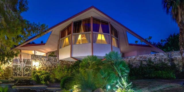 The Palm Springs home has returned to the market.