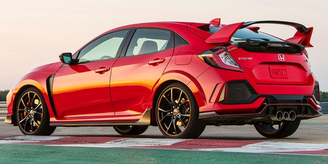 New Honda Civic Type R >> The Honda Civic Type R Looks Crazy So It Doesn T Drive That