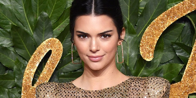 Kendall Jenner arrives at The Fashion Awards 2018 In Partnership With Swarovski at Royal Albert Hall on December 10, 2018 in London, England.