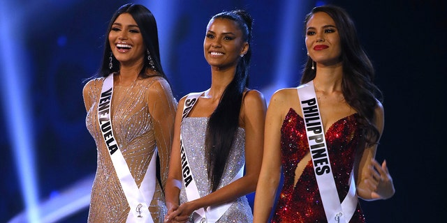 Top 3 finalists from left, Miss Venezuela Sthefany Gutierrez, Miss South Africa Tamaryn Green, Miss Philippines Catriona Gray. (Associated Press)