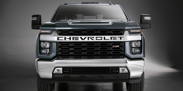 Chevrolet Lifts the Cover on the 2020 Silverado HDs