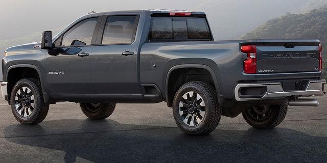 The 2020 Chevrolet Silverado Hd Shows Its Face Fox News