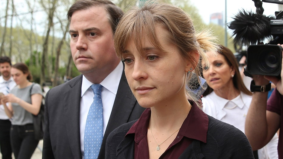 Allison Mack calls NXIVM leader Keith Raniere 'twisted' in apology letter ahead of sentencing