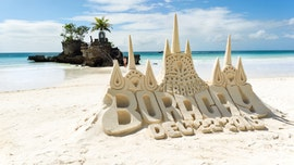 Boracay authorities ban sandcastles at popular tourist beaches, threaten builders with jail time