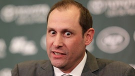 New York Jets' Adam Gase's intense look goes viral during introductory press conference