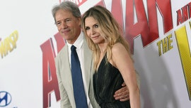 Michelle Pfeiffer and husband David E. Kelley celebrate 25th anniversary
