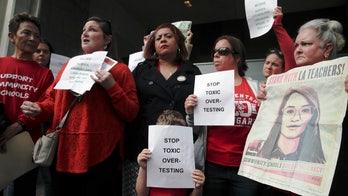 Los Angeles teachers union delays planned start of strike