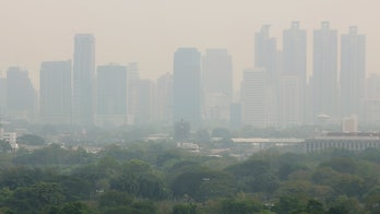 Toxic smog forces hundreds of school closures in Bangkok
