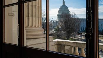 Man strips in Senate office building, arrested for indecent exposure