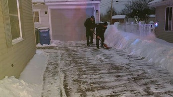 Iowa firefighters help deliver baby, shovel new mom's driveway