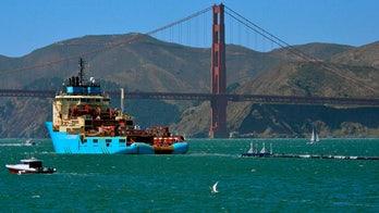 Huge trash collection boom in Pacific Ocean breaks apart