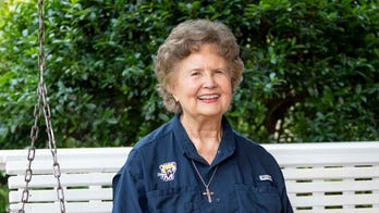 Grandmom, 84, goes back to college amid cancer diagnosis: 'Trust God no matter what'