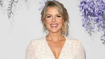 'Bachelorette' star Ali Fedotowsky-Manno reveals skin cancer diagnosis: 'I caught it early'