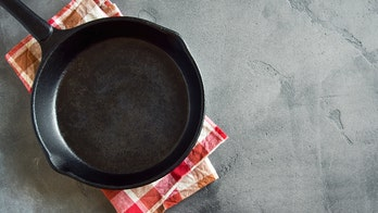 4 foods you should never cook in cast iron