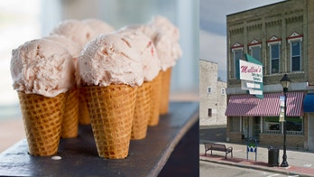 Wisconsin ice cream shop distributes free cones in minus 20-degree temps, continuing 87-year-old tradition