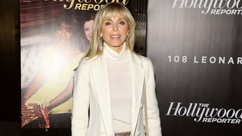 Marla Maples flaunts fit physique as she does yoga in the Caribbean