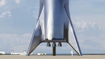 SpaceX's 'Starship' hopper prototype could make 1st test flight in weeks, Elon Musk says