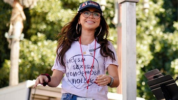 Sarah Hyland, Bryan Cranston and more stars attend 2019 Women's March events amid anti-Semitism controversy