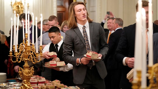 Clemson quarterback Trevor Lawrence says White House quote is fake: 'I never said this, by the way'
