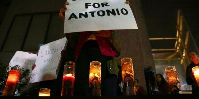 Arizona officer kills teen boy carrying airsoft gun