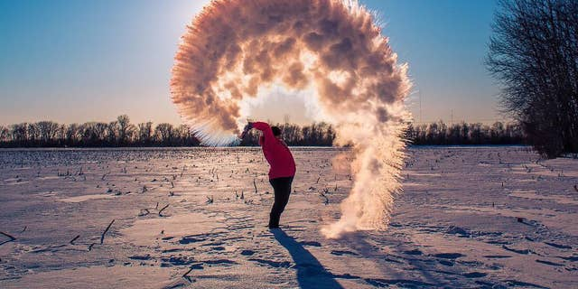 """A photographer shares a stunning photo of the """"Boiling Water Challenge"""" in Porage, Indiana."""