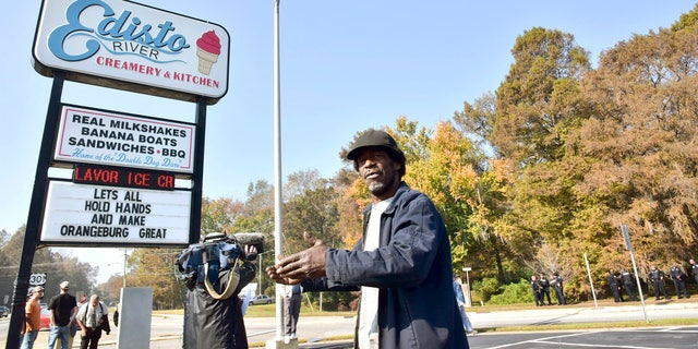 Tommy Daras says he's selling his Edisto River Creamery because he's been unable to remove the rebel banner flown by the Sons of Confederate Veterans on a tiny piece of property in front of his business.
