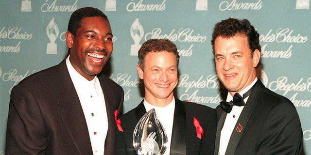 Forrest Gump' star Gary Sinise receives an all-star thanks