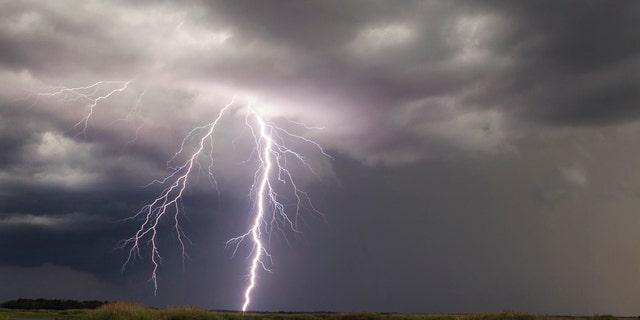 Westlake Legal Group LightningFloridaGetty2016 Lightning strike in South Carolina kills at least 1; others injured: reports Talia Kaplan fox-news/weather fox-news/us/us-regions/southeast/south-carolina fox news fnc/us fnc article 609ac4d8-42a0-5820-8122-f80e76c6da5f