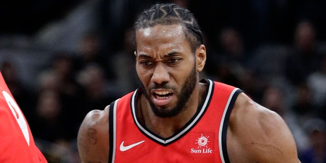 Westlake Legal Group NBA-Kawhi-Leonard Kawhi Leonard, Paul George to join NBA's LA Clippers: reports fox-news/sports/nba/toronto-raptors fox-news/sports/nba/oklahoma-city-thunder fox-news/sports/nba/los-angeles-clippers fox-news/sports/nba fox news fnc/sports fnc Dom Calicchio article 4f3e9704-43be-52d9-8fad-5f7b78fda36b
