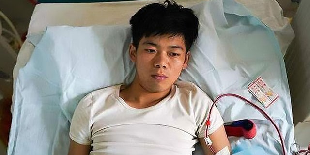 Broke teen who sold kidney for an iPhone now bedridden for life