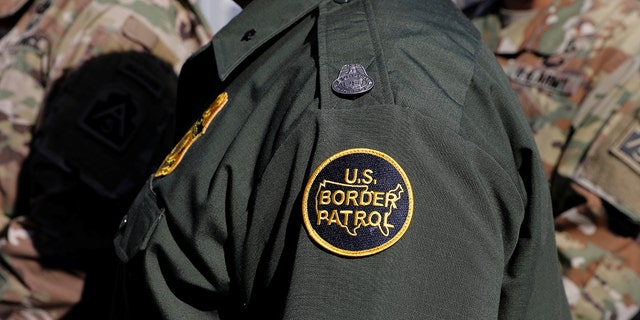 A Border Patrol agent in New Mexico. (REUTERS/Mike Blake)