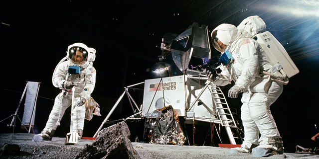 space missions before apollo 11 - photo #5